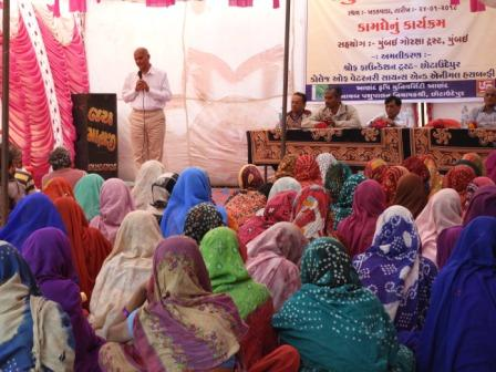 Seminar for Cattle Owner (Khedut-Gosti) with 101 farmers at Khadakwada village, Support of AAU